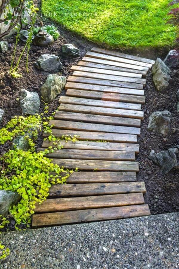 reclaimed pallet garden walkway