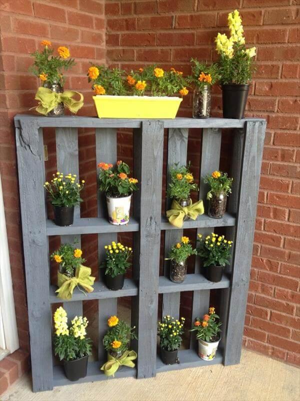 reclaimed pallet vertical garden