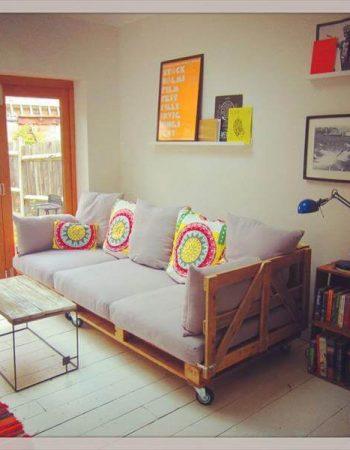 reclaimed pallet sofa