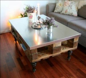 Furniture Ideas with Reclaimed Wood Pallets