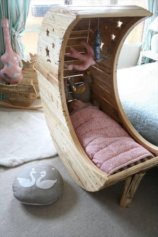 pallet moon bed